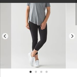 Lululemon Black Wunder Under Cropped Leggings